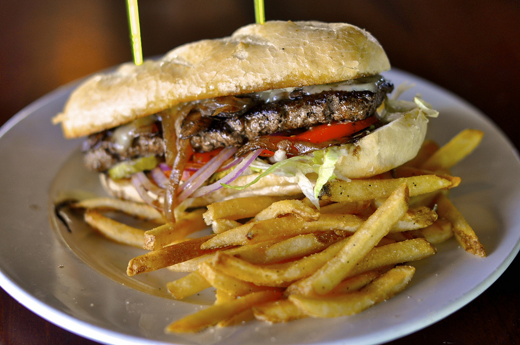 Brick House Tavern Fondue Mushroom Burger (by powerplantop)