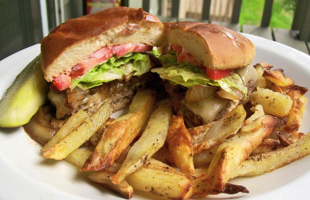 Blue Cheese Burger & Garlic Fries (by mooshee85)