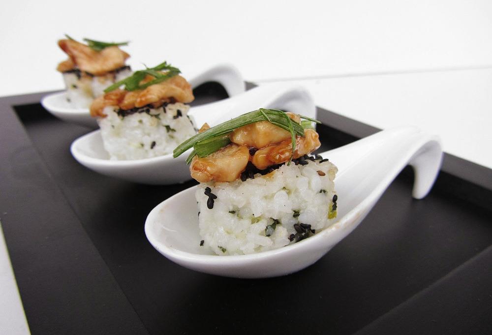 Garlic Chicken On Bok Choy Rice Cakes