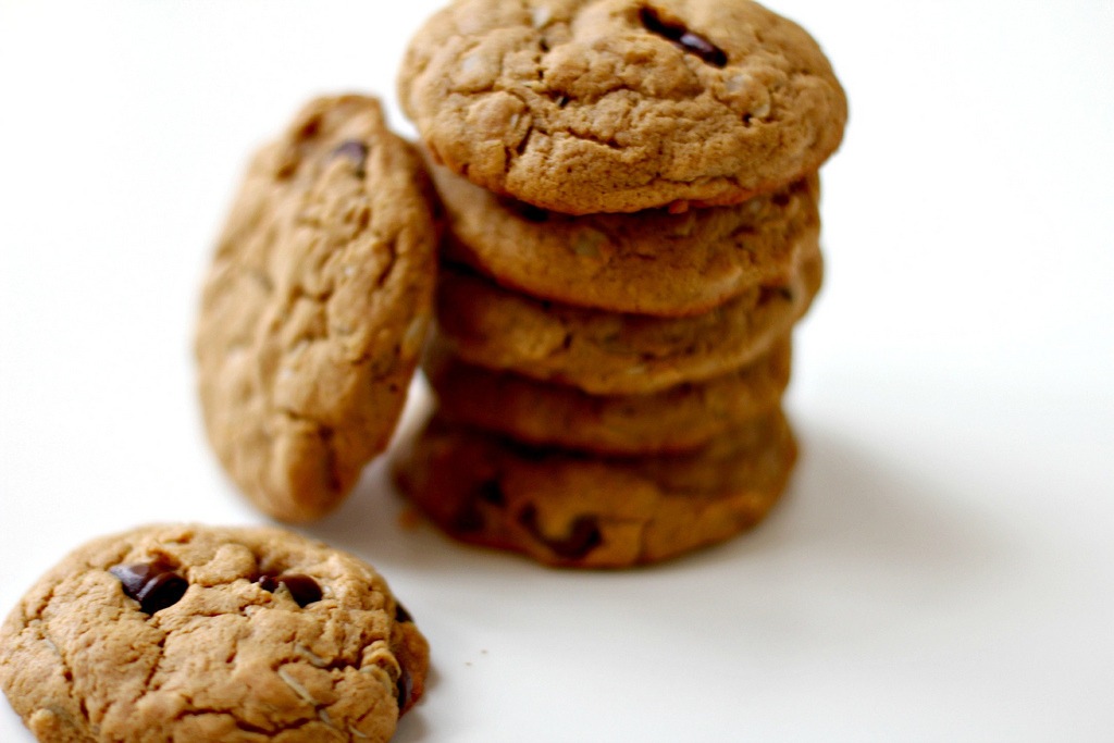 Recipe: Peanut Butter Oatmeal Chocolate Chip Cookies