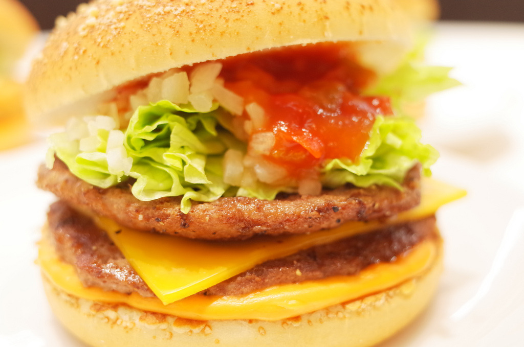 Double Beef Salsa Burger