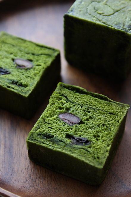Matcha Bread with Kuromame Black Beans (via Happy-Fam)