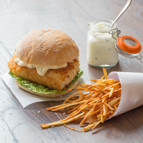Fish Burger with Skinny Fries and Garlic Mayo