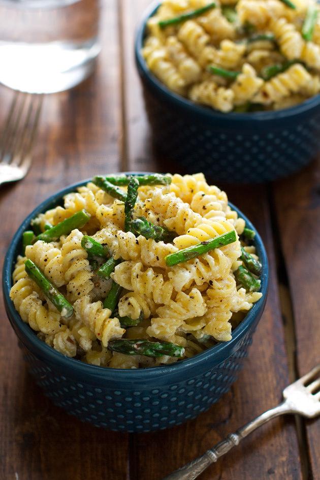 Lemon Mascarpone Pasta with Sauteed Asparagus