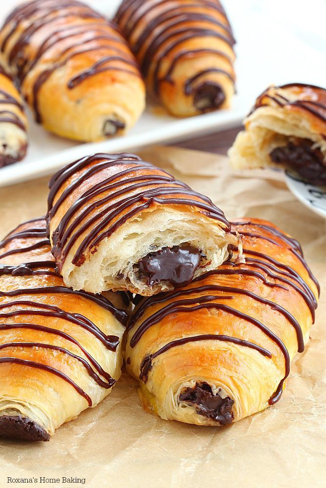 Pain au chocolat (chocolate croissants)