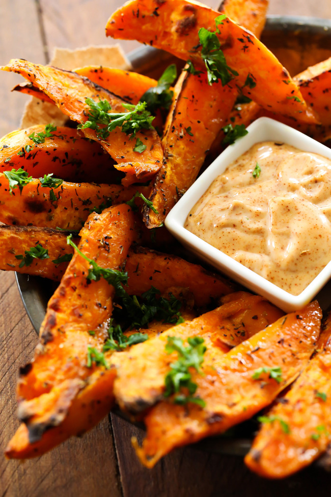 SWEET POTATO WEDGES WITH HONEY CHIPOTLE DIPPING SAUCE
