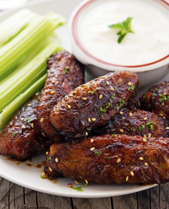 Baked Sticky Sriracha-Honey Chicken Wings